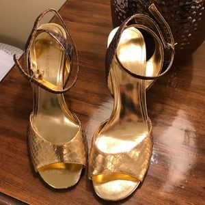 Enzo Angiolini Shoes - Enzo Angiolini size 7/7.5 gold ombré heels